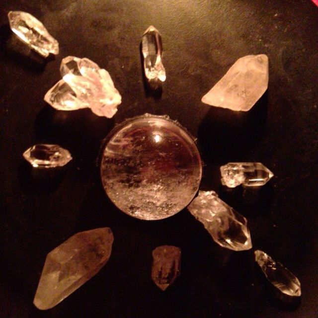 Just a small clear Quartz Crystal grid I made :)