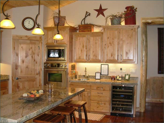 19 Antique White Kitchen Cabinets Ideas With Picture Best Rustic Decorrustic