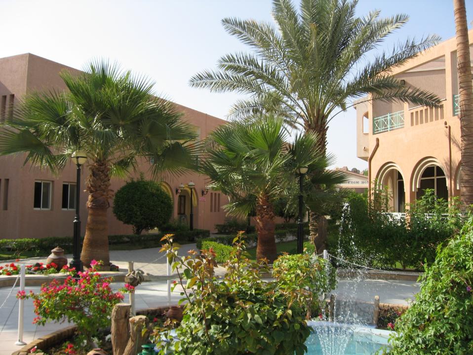 My home in Saudia City compound Jeddah Saudi Arabia NC511A