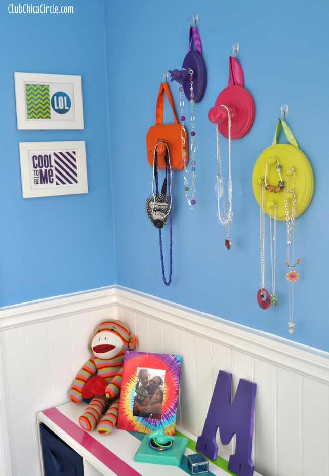 Upcycle kids toys into a hanging jewelry organiser for fun tween