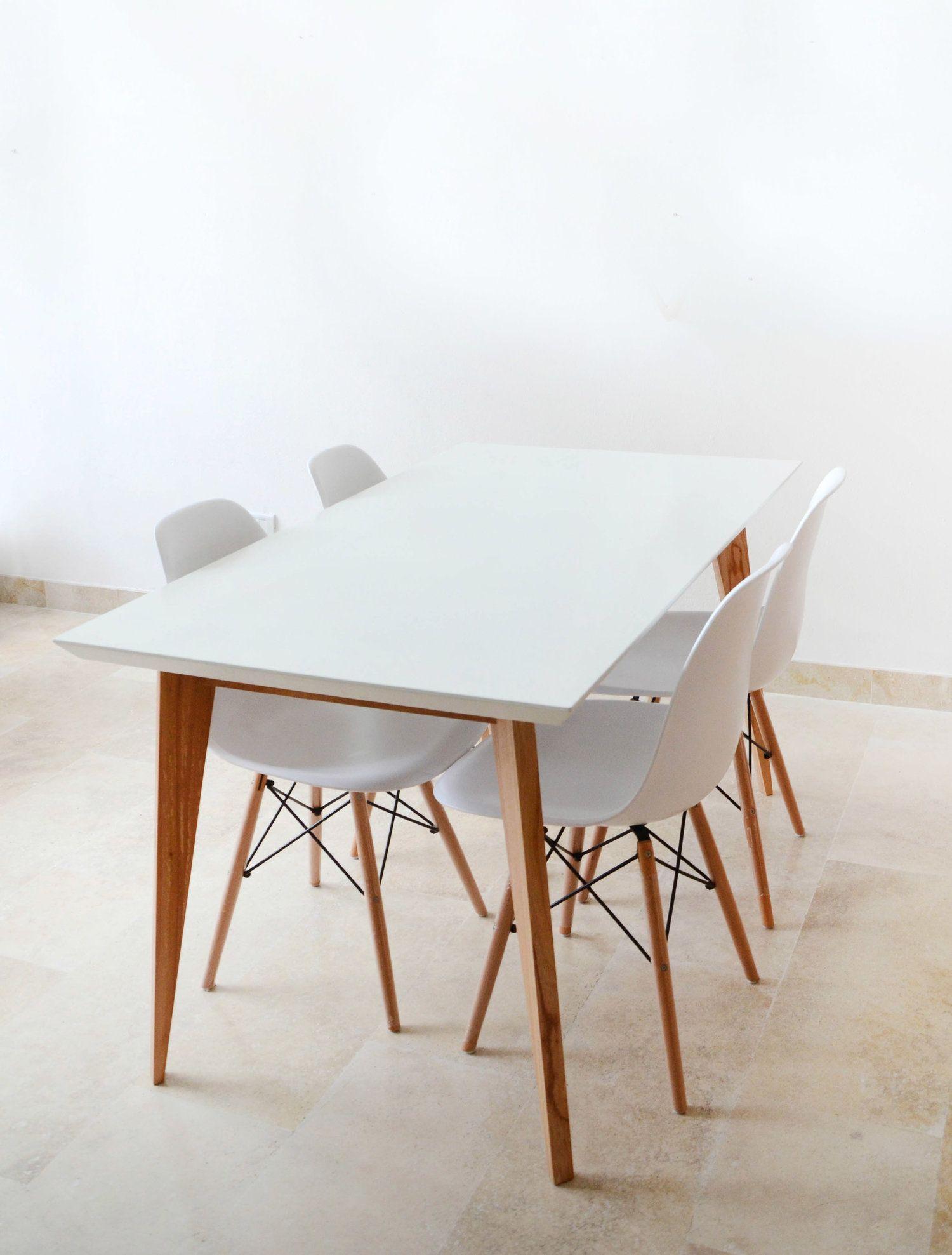 mesa de comedor | Mesas de comedor, Sillas eames y Sillas