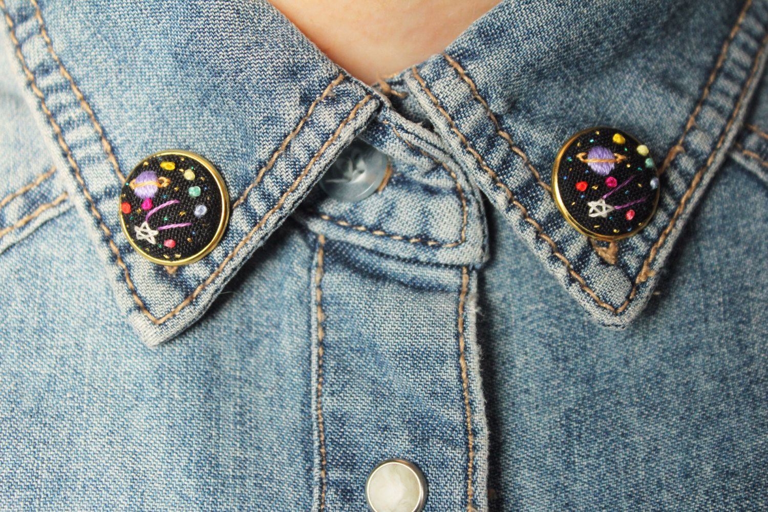 Mini Space Collar Pins // Hand Embroidery by İrem Yazıcı by BaobapHandmade on Etsy https://www.etsy.com/uk/listing/264129057/mini-space-collar-pins-hand-embroidery