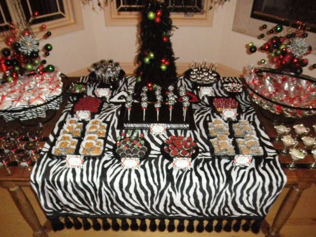christmas zebra dessert table - Christmas Zebra Decorations