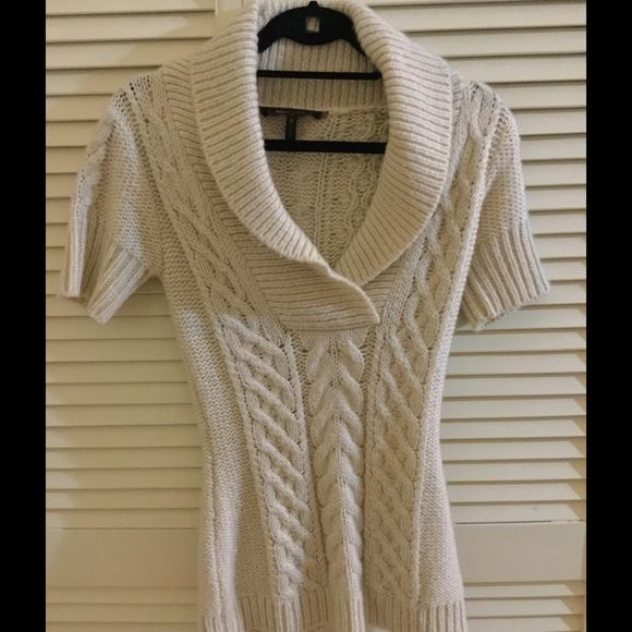 694166aa20735c Bcbg xs wool short sleeve shawl neck sweater beige Gorgeous beige short  sleeve sweater with a shawl collar. Very warm. From the Bcbg boutique in  Naples.