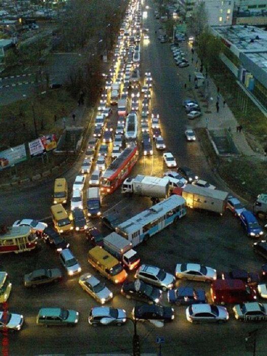 Totally Random Picture Dump 60 Pics Traffic Jam Traffic Humor Pictures
