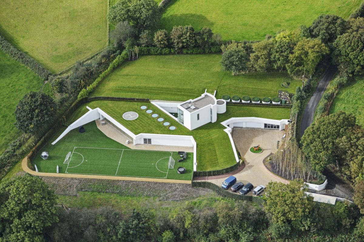 Bunker-Like Underground Mansion Is One Way to Dodge Zoning Rules ...