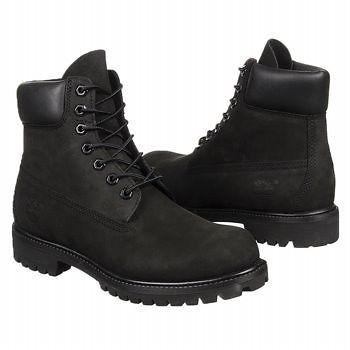 68a53af9 Botín o bototo marca Timberland color negro. Cuero tratado para repeler el  agua. Buena opción para combinar con jeans, pantalones tipo safari o cargo.