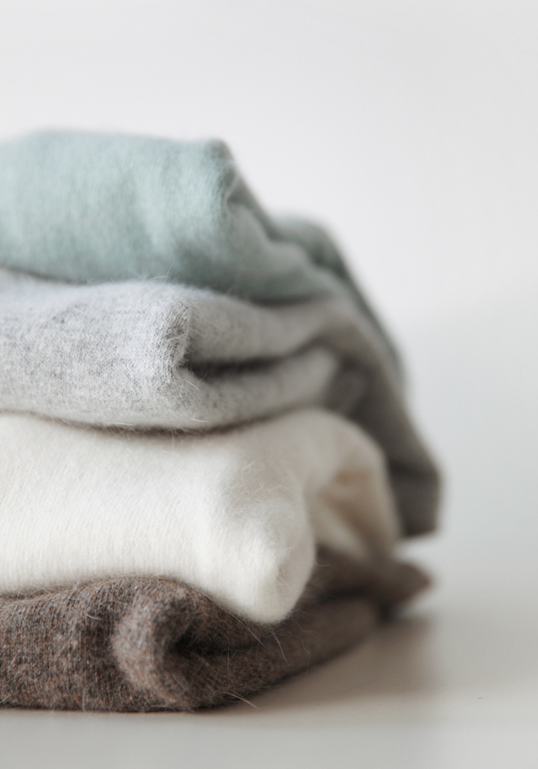 I'd love a light weight cashmere sweater for spring this light grey and  green colors are so pretty or a blue would be pretty… | Cashmere sweaters,  Fashion, Cashmere