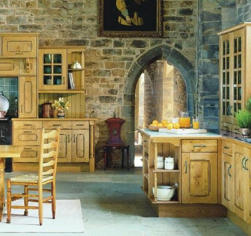 French country kitchen...love the walls