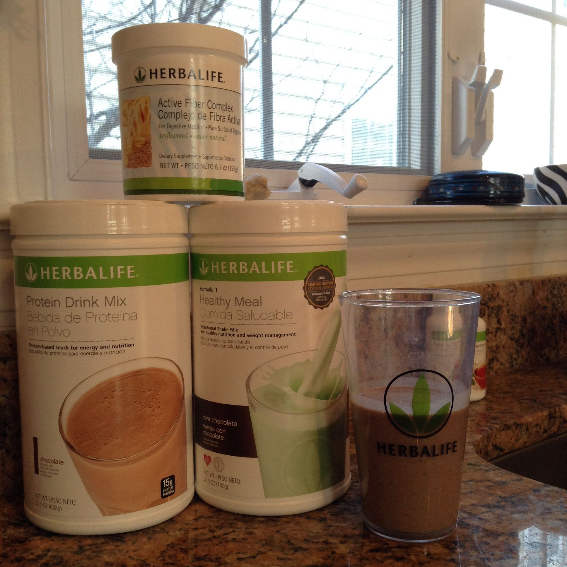 Today's Breakfast.  Mint Chocolate meal replacement shake 23 grams of protein & 8 grams of fiber.   This really did taste great!
