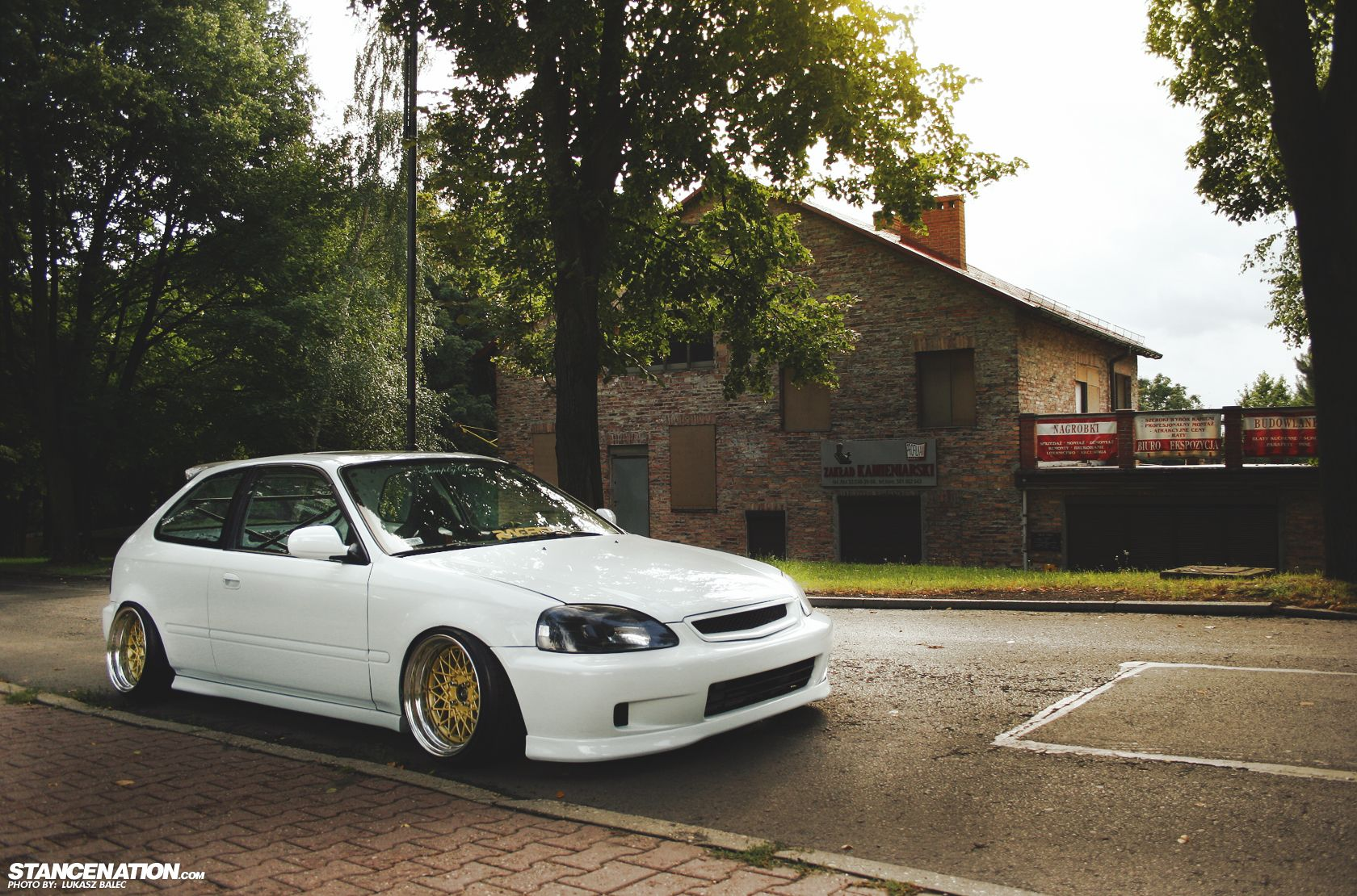 From Poland, With Stance. Civic hatchback, Honda civic