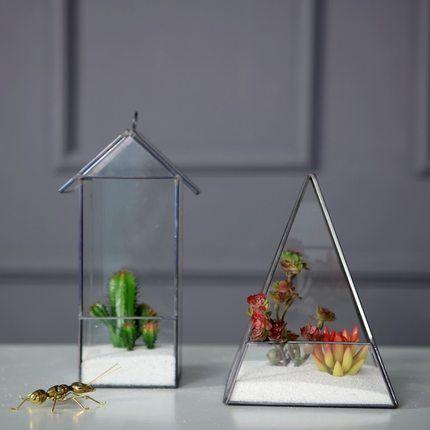 Triangle Pyramid Geometric Glass Terrarium Box Succulent 400 x 300