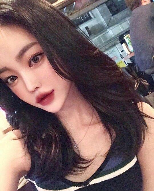 Asian actress butt pics