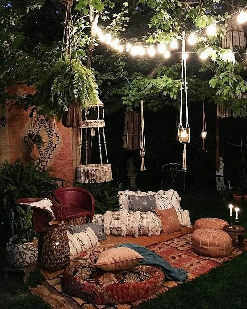 There Is Another Admirable Bohemian Style Idea Is Given In The Image Shown Below To Make The Backyard Of Your House Looks Adora Flat Decor Bohemian Decor Decor