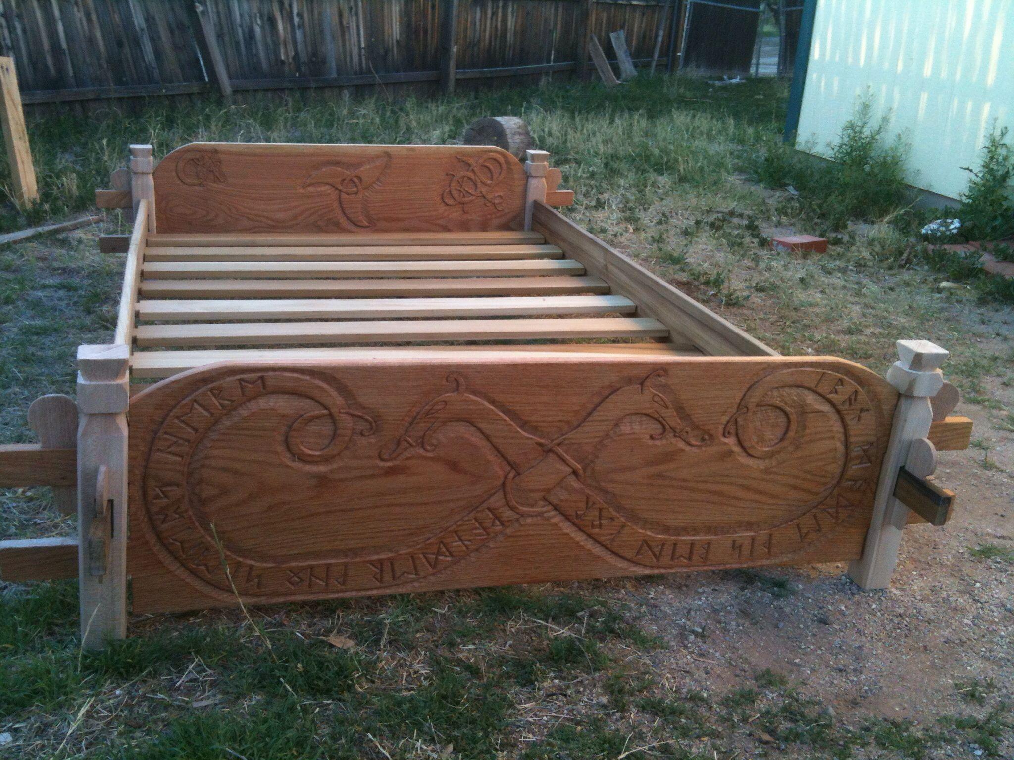 Carved Bed Viking Bed Carved Beds Camping Furniture
