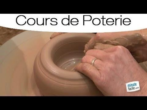 Cours de poterie faire un vase sur un tour de potier youtube video pinterest pottery - Modele poterie pour debutant ...