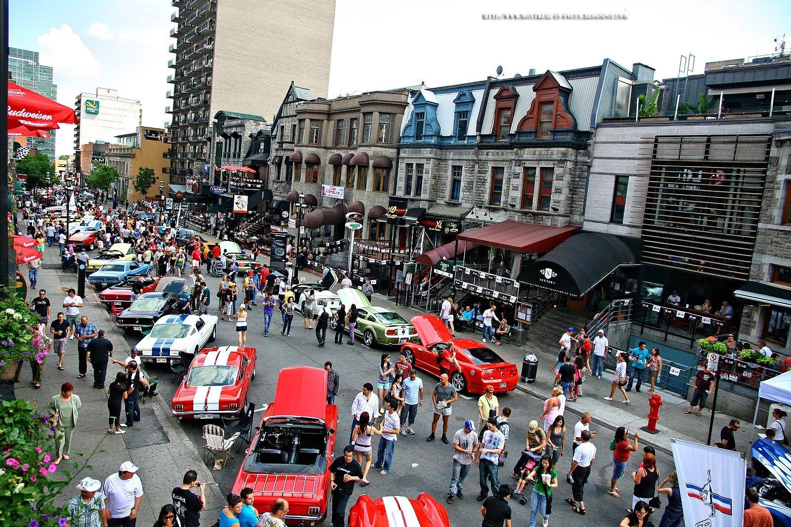 Crescent street during Grand Prix! La rue Crescnet durant le Grand Prix!