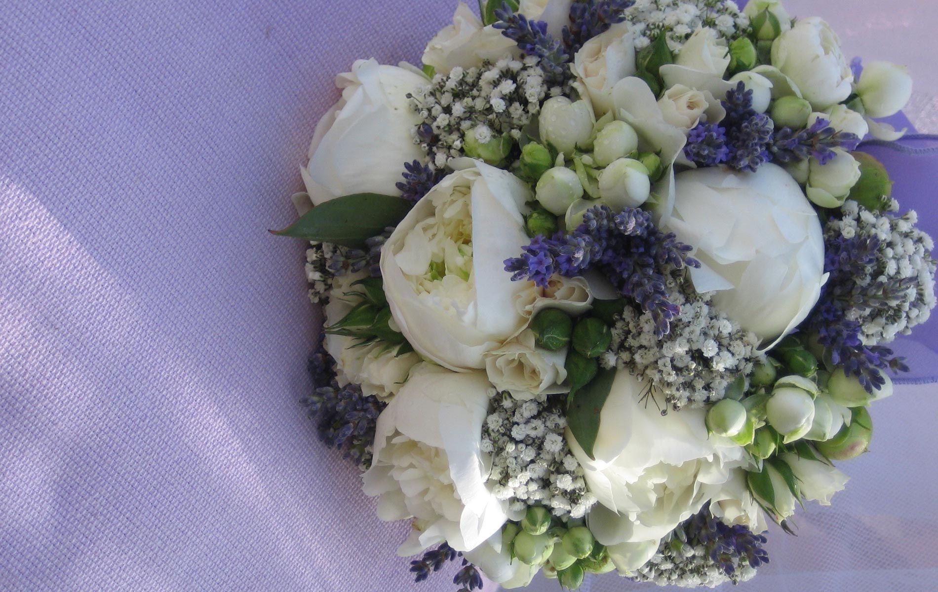 ღ Immagini di bouquet per le nozze, stile acqua e sapone ღ