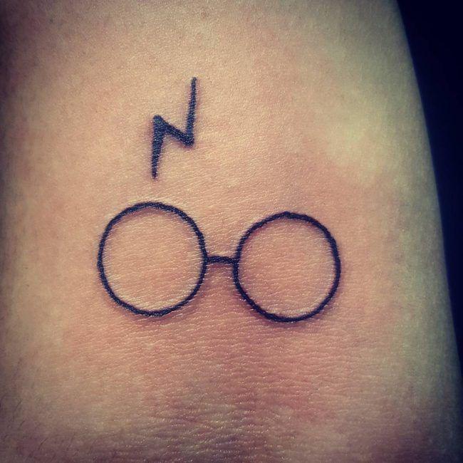 Harry Potter Symbol Tattoos Url Https Sculers Blogspot Com 2018 08 Harry Potter Symbol Harry Potter Tattoo Small Harry Potter Tattoos Harry Potter Tattoo