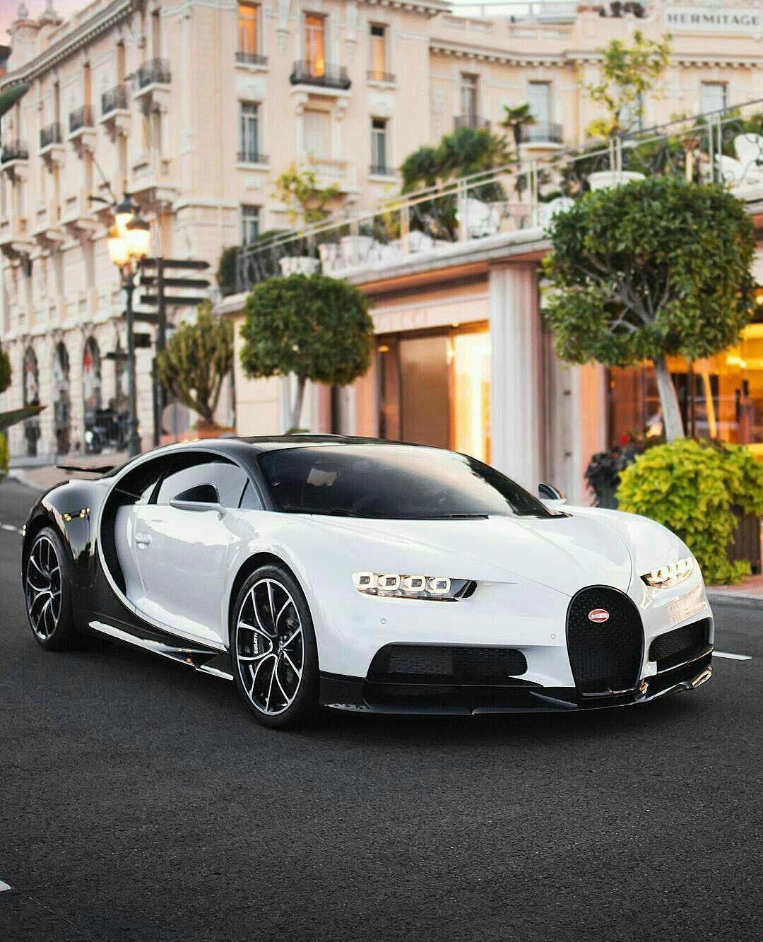 Black Bugatti: White And Black Bugatti Chiron ! #bugatti #chiron