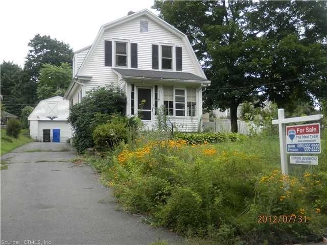 20 Boulevard Newington Ct Connecticut 06111 Newington Real Estate Newington Home For Sale Real Estate Real Estate Agency Newington