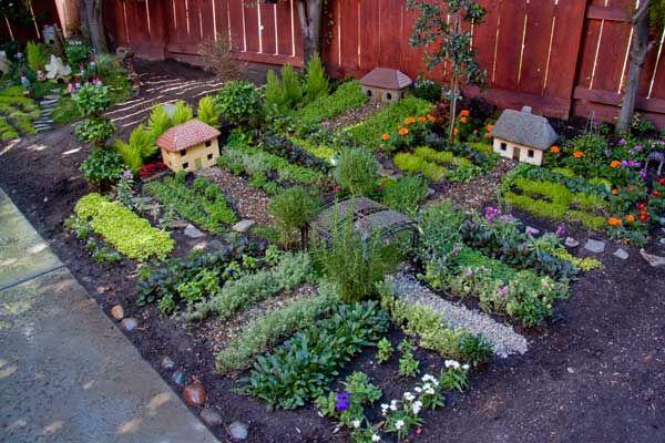 22 astuces pour r ussir cultiver un beau potager gardening potager jardins et jardin potager. Black Bedroom Furniture Sets. Home Design Ideas