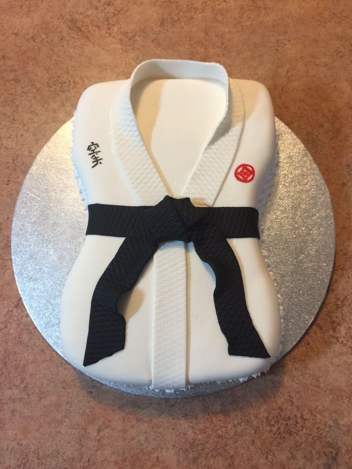 Karate Cake Black Belt Karate Cake Cake Designs For Boy