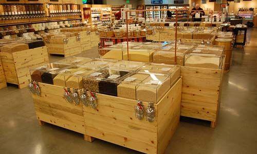 Bio cr ation bois agencement de magasin bio magasin for Meubles en vrac liquidation