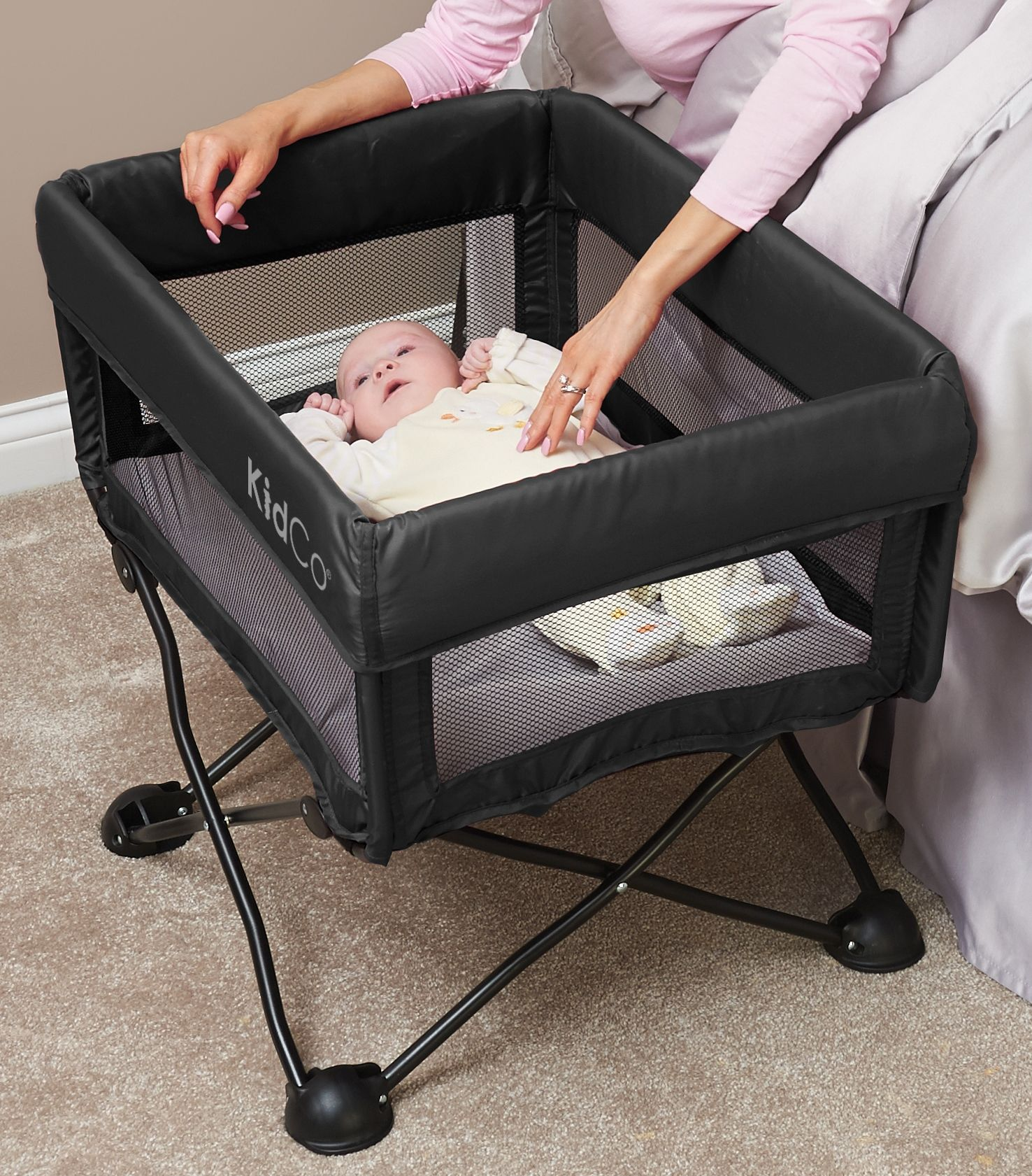 Buy KidCo DreamPod Portable Crib in Midnight Online in