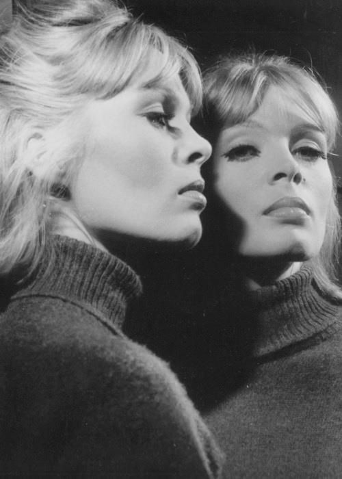 I'll be your mirror... #Nico