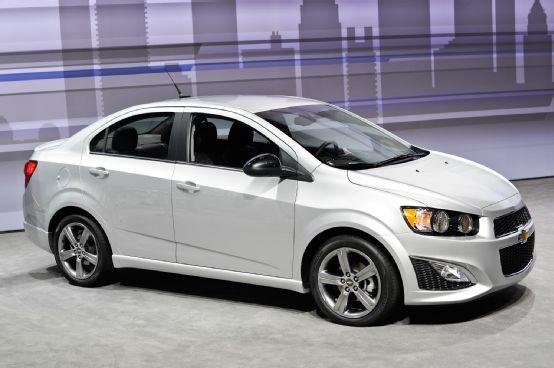 2014 Chevrolet Sonic Rs Sedan Priced At 20 530 Sonic Dusk Debuts