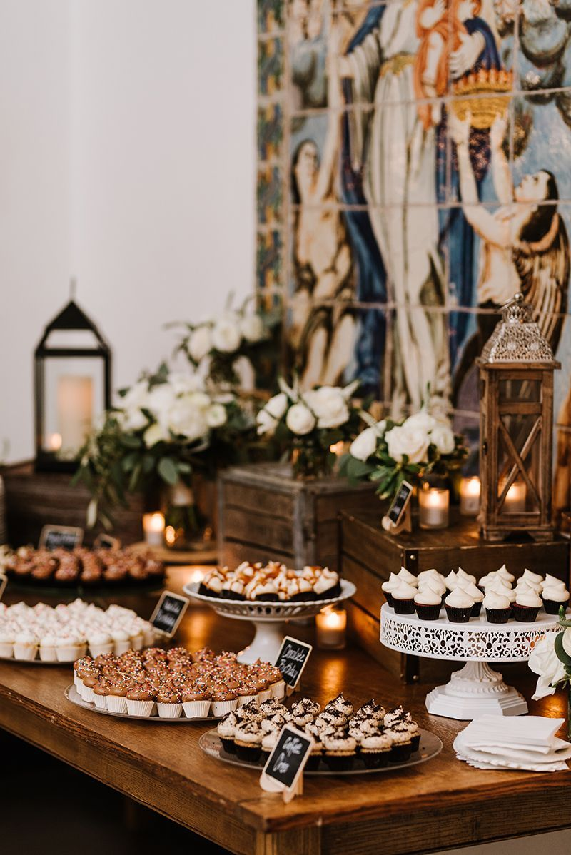 Diy Rustic Dessert Display Platters And Tiers Of Mini Cupcakes Wooden Crates Flo Wedding Dessert Table Rustic Wedding Dessert Table Rustic Wedding Desserts