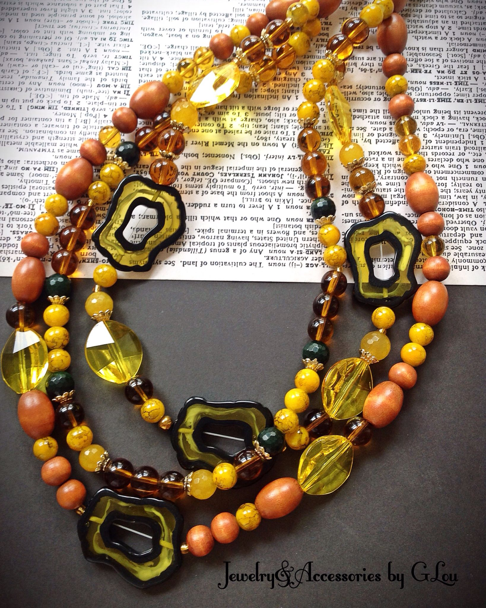 A&FDesigners.Yellow Agate.Peru.Beautiful Jewelry.Wood Beads.Acrylic Beads. #BeautifulNecklace#WhiteJasper#YellowJasper#FashionNecklace#jewelryphotography#PeruvianDesigners#JoyeriahechaaMano#DiseñadoresPeruanos#HandMadeJewelry#ByGLouJewelry#