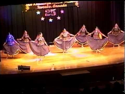 Rangeelo Maro Dholna Bollywood Folk Dance Youtube Folk Dance Dance Song List