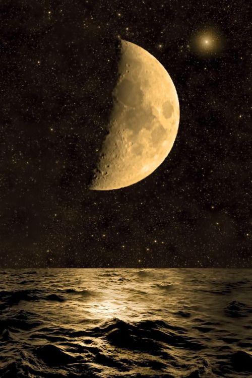 Crescent moon by Juan Jose Jimenez Gonzalez
