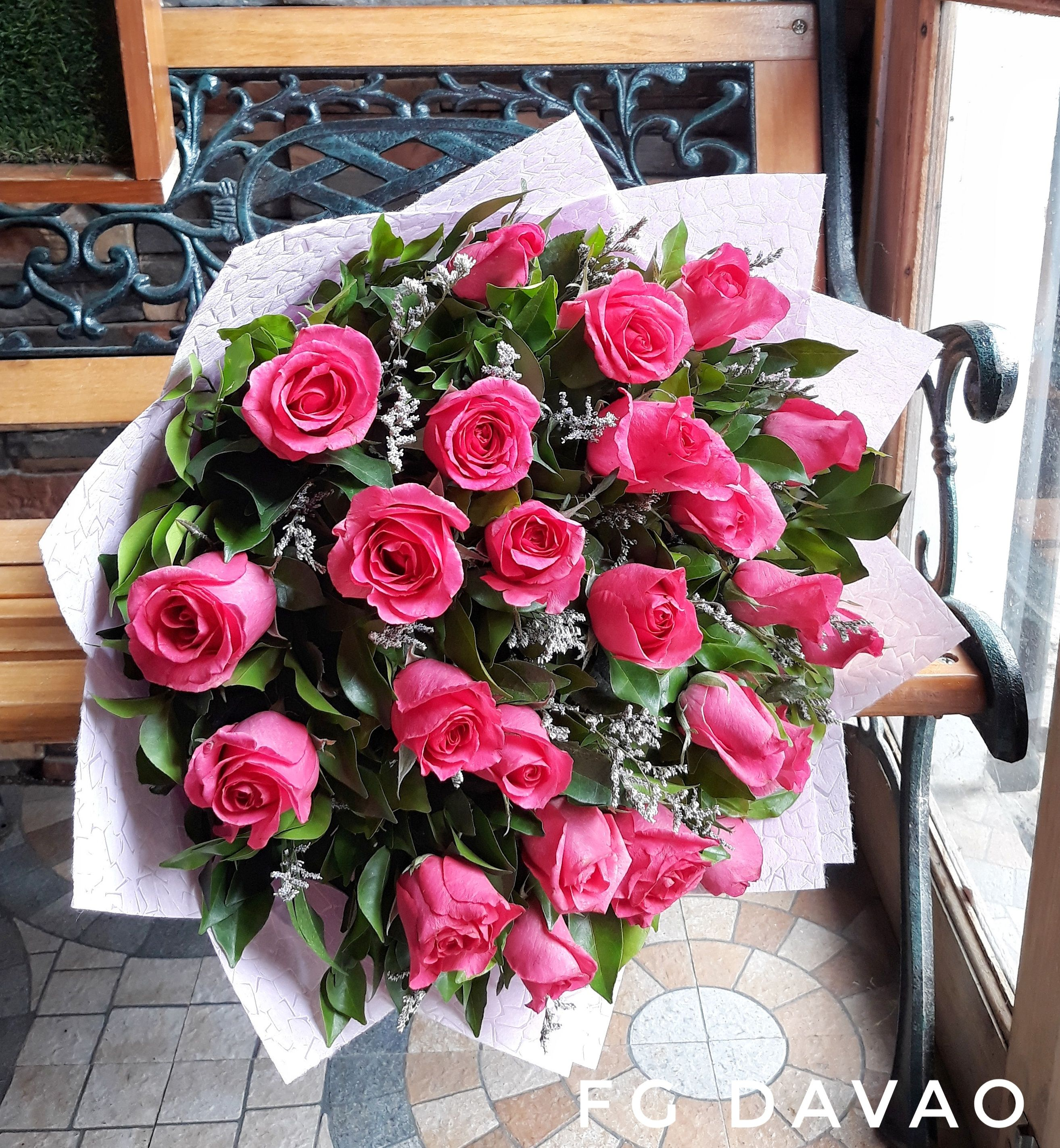 Bouquet of Pink Roses Send Flowers to your