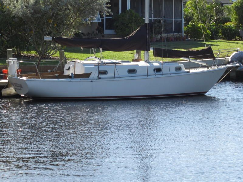 1981 Cape Dory 30 Cutter located in Florida for sale