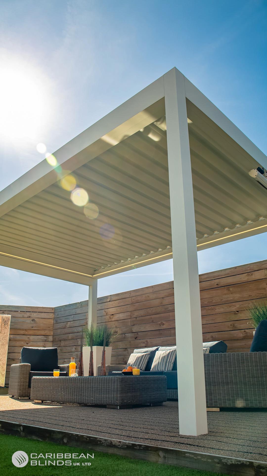 Prestige Retractable Outdoor Living Pod