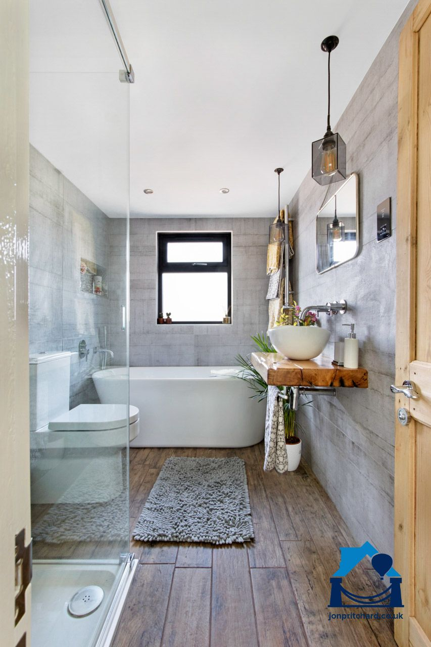 Bathroom In An L Shaped Victorian Terraced House Loft Conversion Loft Bathroom Bathroom Design Small Terraced House Loft Conversion