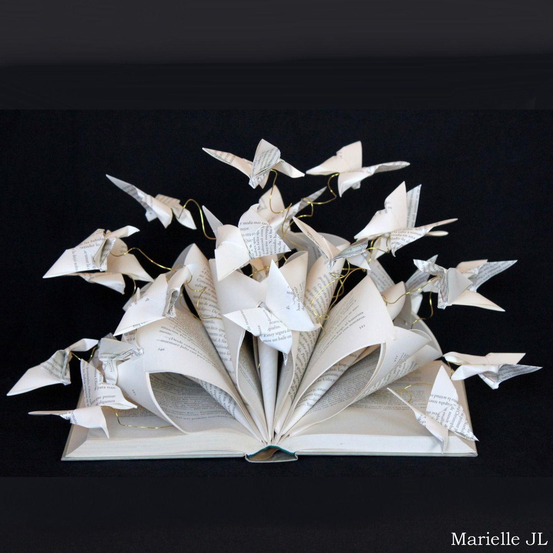 Livre Detourne Livre Sculpte Creation En Papier Papillons