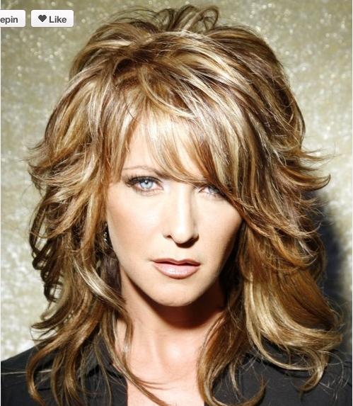 Sexy Frisuren für mittellanges Haar