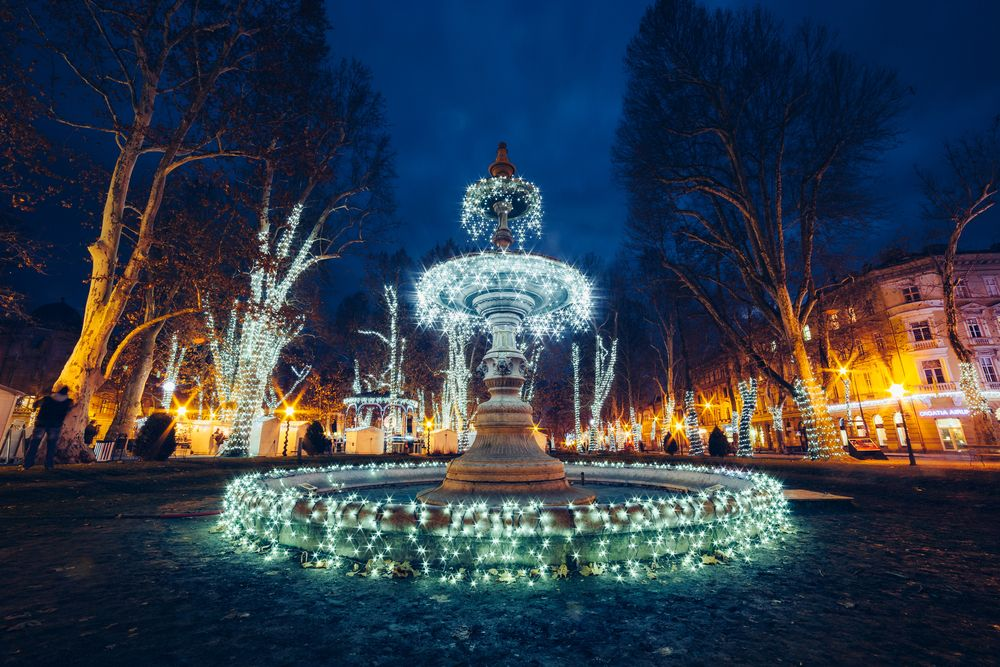 Plan A Flawless Visit To The Zagreb Christmas Market Advent Festivities Sofia Adventures In 2020 Christmas Market Croatia Christmas Markets Europe