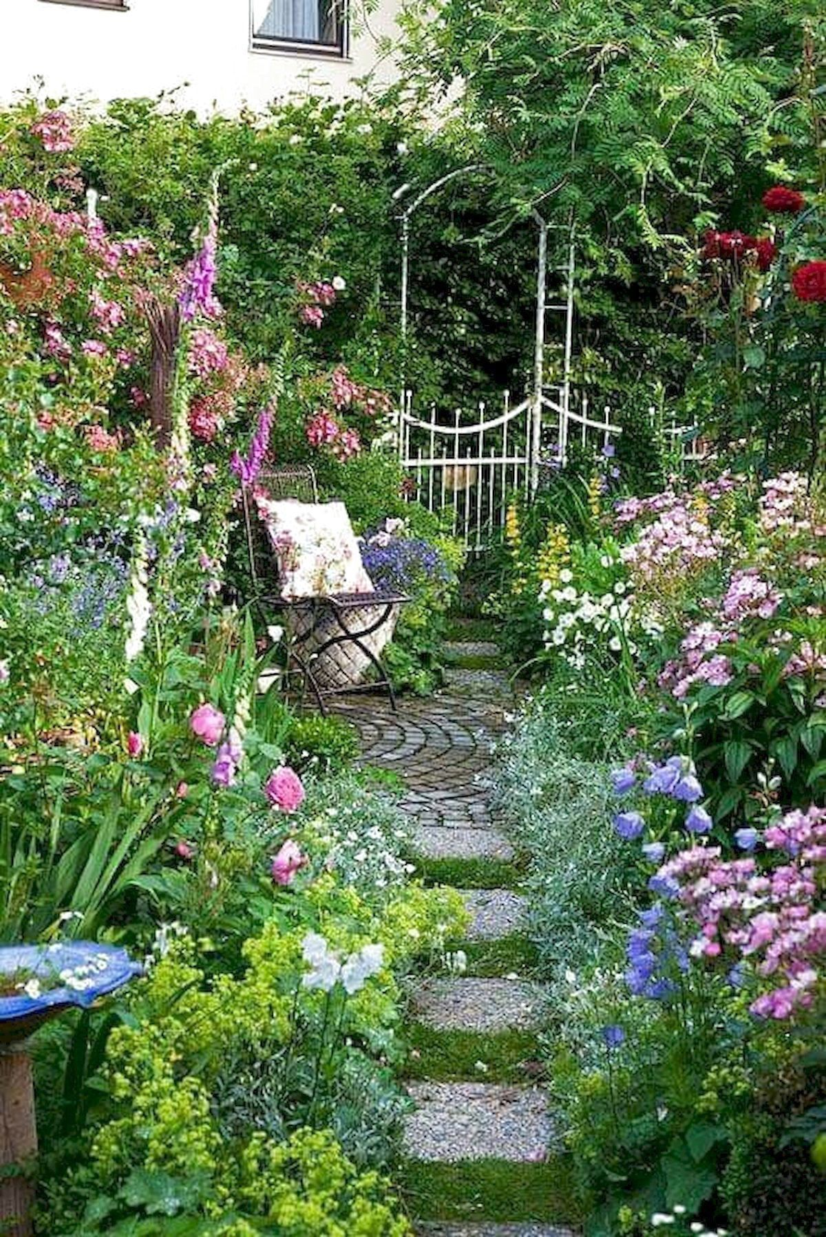 Whether It S A Classical Garden Modern Garden Design Romantic Garden Atmosphere In 2020 Small Garden Design Amazing Gardens Small Garden Design Ideas Low Maintenance