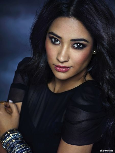 Shay Mitchell as Pretty Little Liars' Emily rocks #moreismore bracelets, from spiked to sparkly