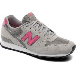 Sportowe Damskie Fila Fila Biale Disruptor Ii Patches Wmn 100 White Shoes Fila Sketchers Sneakers