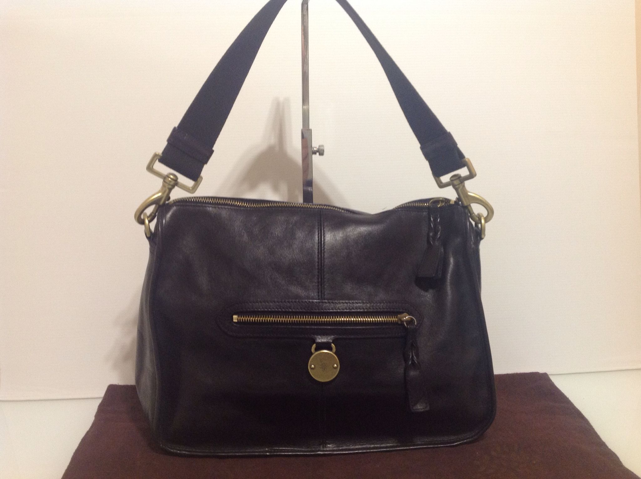 Authentic Mulberry Somerset Shoulder Tote in Black Leather with Dust Bag  340.00 This is a guaranteed 69f9873cb9669