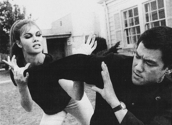 Bruce Choreographing A Fight Scene For The Green Hornet Bruce Lee Training Bruce Lee Bruce Lee Family