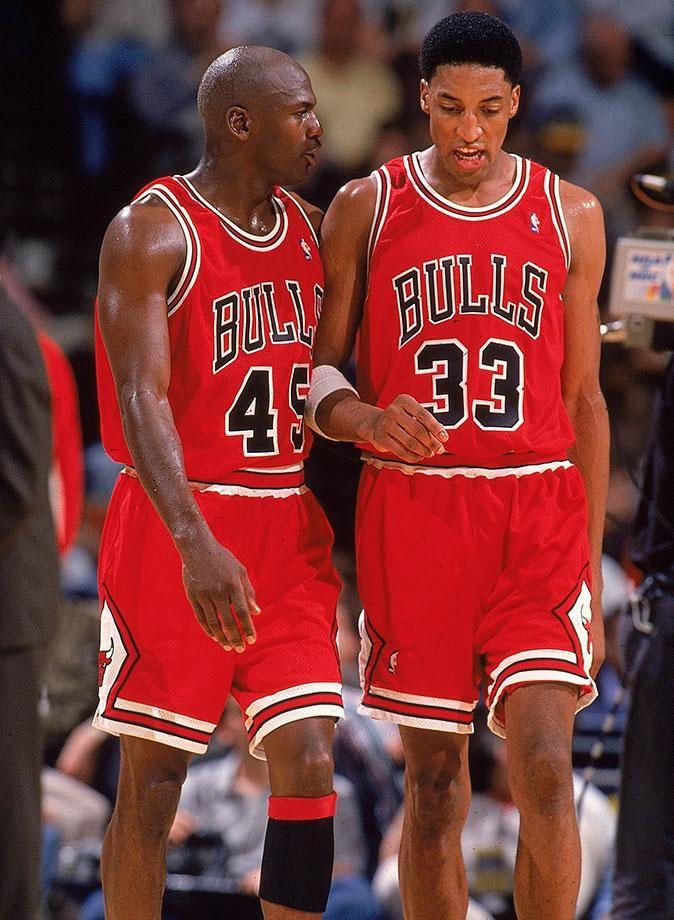 c68441aceb41f6 Best Photos of Michael Jordan and Scottie Pippen
