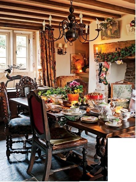 English country bedroom Cottage dining rooms, House