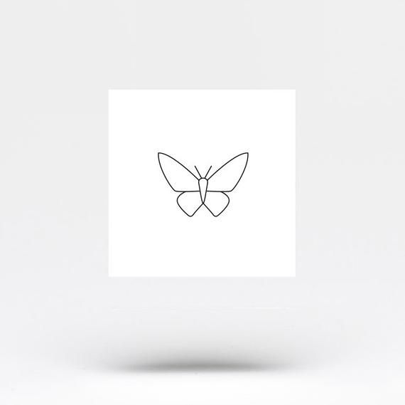 Minimalist Butterfly Temporary Tattoo Set Of 4 Etsy In 2020 Simple Butterfly Tattoo Small Tattoos Tattoo Set